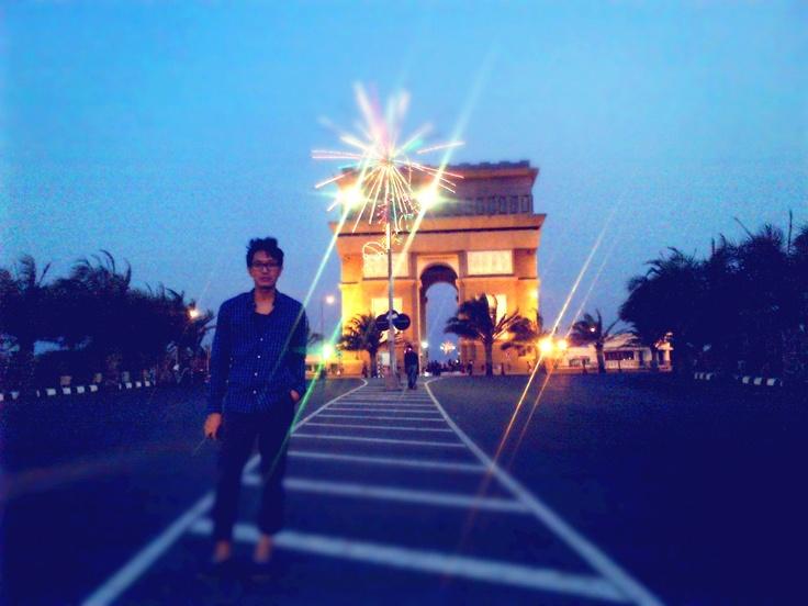 Simpang Lima Gumul, Kedii, East Java