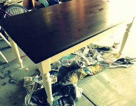 A Grace Full Life  Old Kitchen Table Makeover  I like this dark wood topBest 25  Old kitchen tables ideas on Pinterest   Old door tables  . Redo Old Kitchen Table. Home Design Ideas