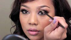 Хочешь шикарные и естественные брови? Прочитай советы от профессионального визажиста о том, как правильно накрасить брови.