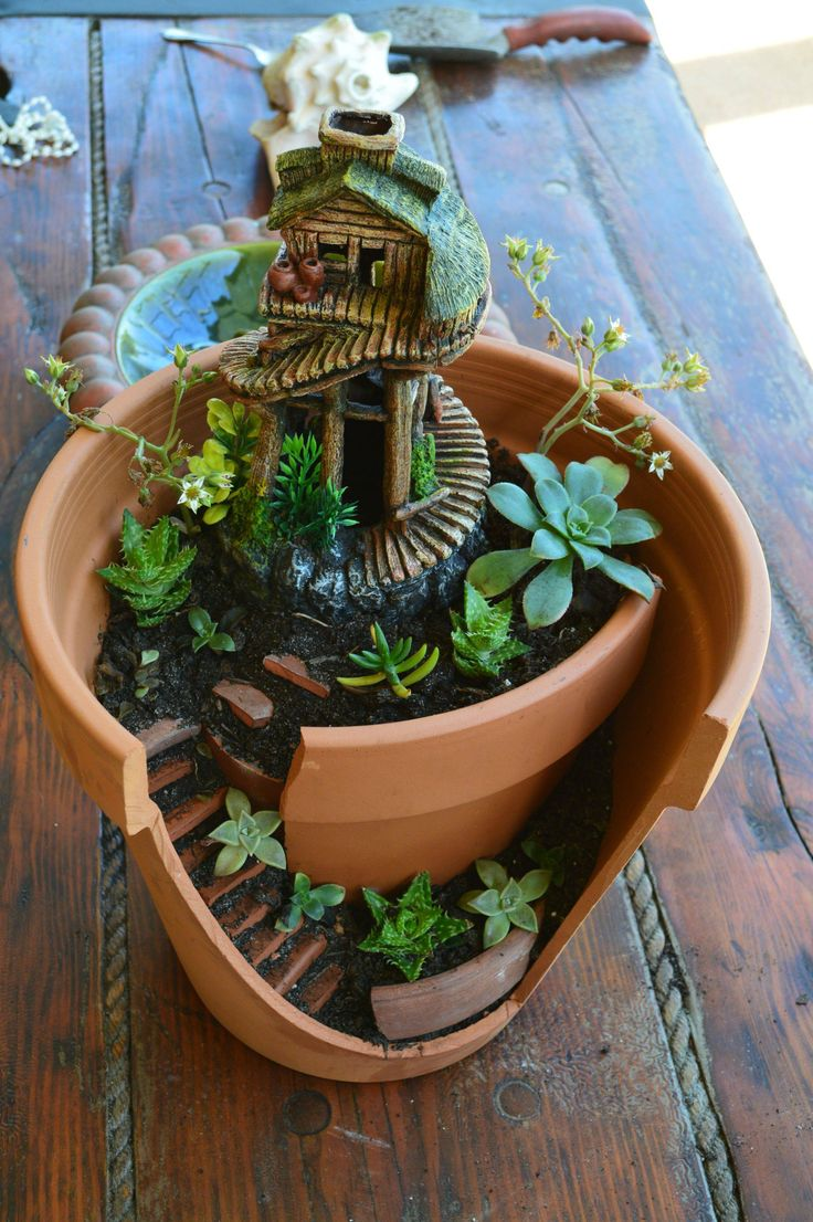 Found This Fairy House Online Made From A Broken Pot And I REALLY Want To  Try It