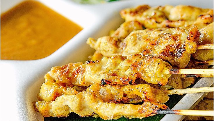 Chicken Satay with Easy Peanut Sauce | 1m Recipes