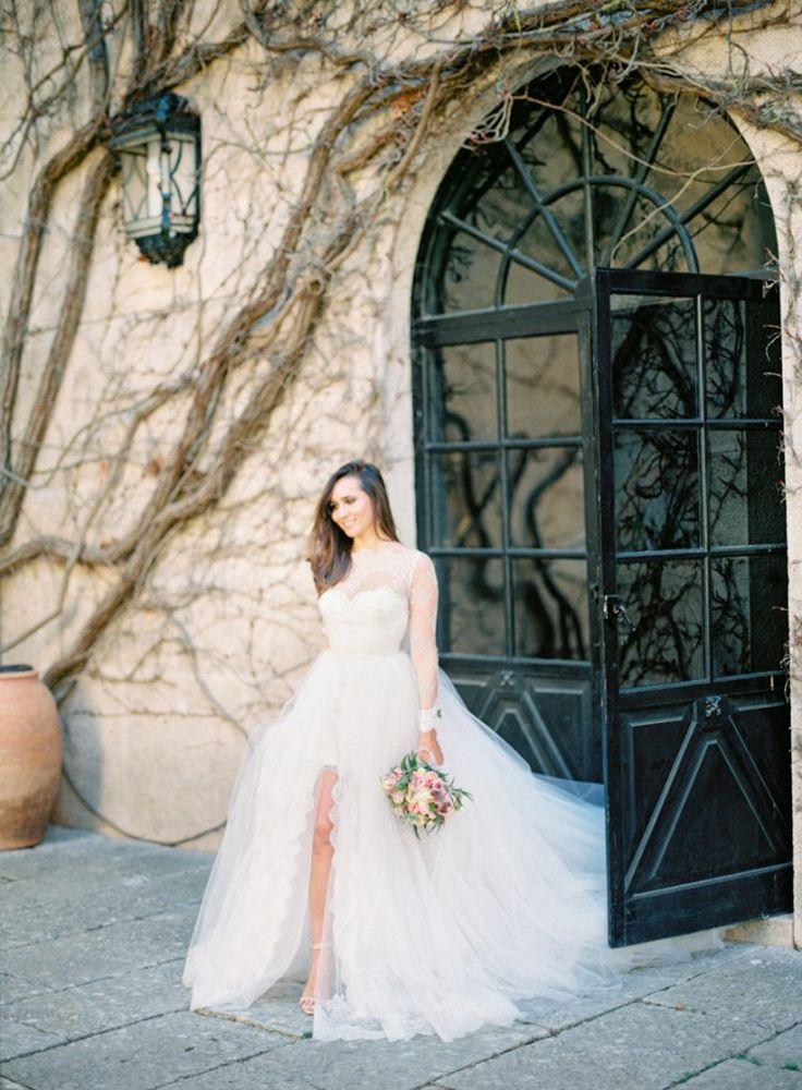 bridal portrait in castle grounds