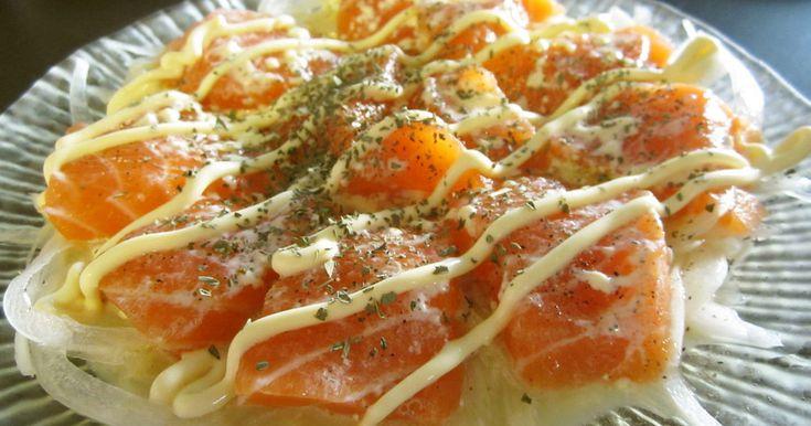 我が家の大人気サーモンカルパッチョ。 ぜひお試しください。 麺つゆとマヨネーズの組み合わせは最強!