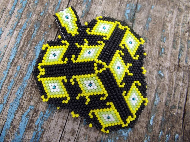 Peyote beaded triangle