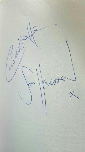 Caitriona Balfe and Sam Heughan's signatures #outlander