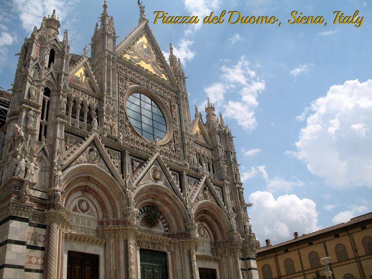 Piazza del Duomo, Siena, Italy