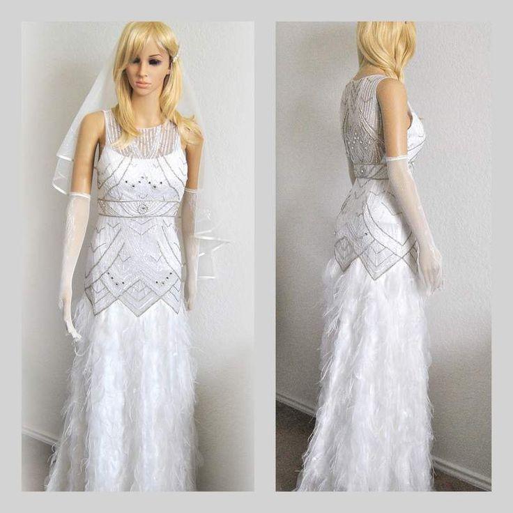 20% Rabatt Gefiederte Brautkleid, Lavish Brautkleid, wulstige Abendkleid, Kristalle Perlen Einzigartige Kleid, Luxus-Hochzeits-Kleid, Outlet von EventOutlet auf Etsy https://www.etsy.com/de/listing/232624422/20-rabatt-gefiederte-brautkleid-lavish