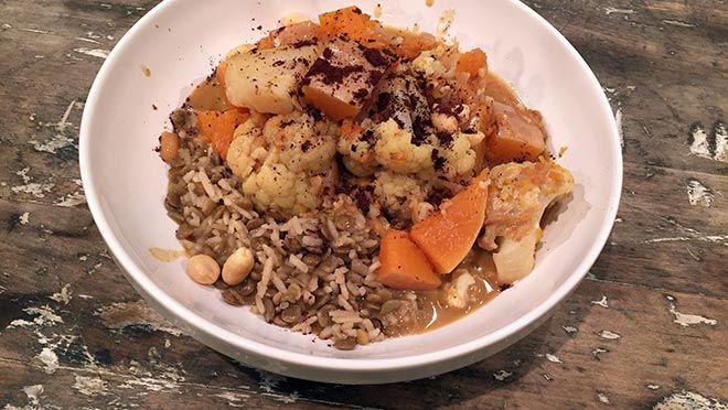 Indiase curry en rijst met linzen - recept | 24Kitchen Pompoen, bloemkool