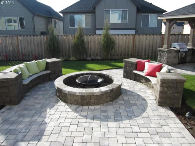 sofa look fire pit seating with pillows and seat pad. Looks comfy!