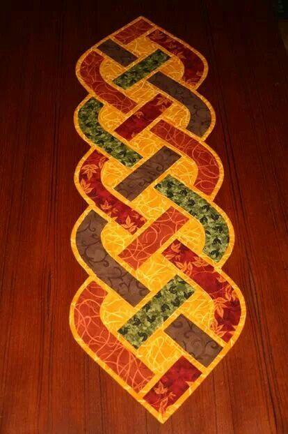 Celtic Knot Table Runner Craft Ideas Pinterest Table
