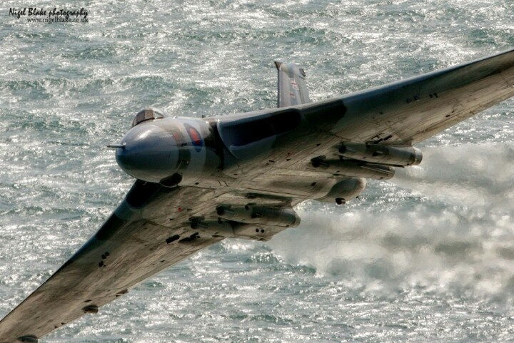 Fantastic photo of XH558, look at the jetwash