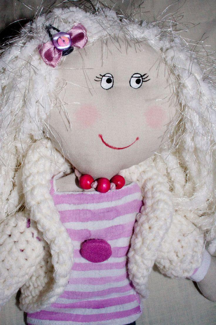 muñeca de trapo hecha a mano. Doll rag handmade.