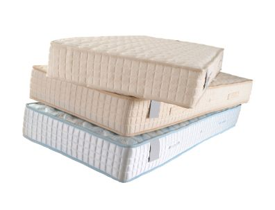 Cleaning stained mattresses