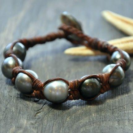 best 25 tahitian pearls ideas on pinterest black pearls. Black Bedroom Furniture Sets. Home Design Ideas