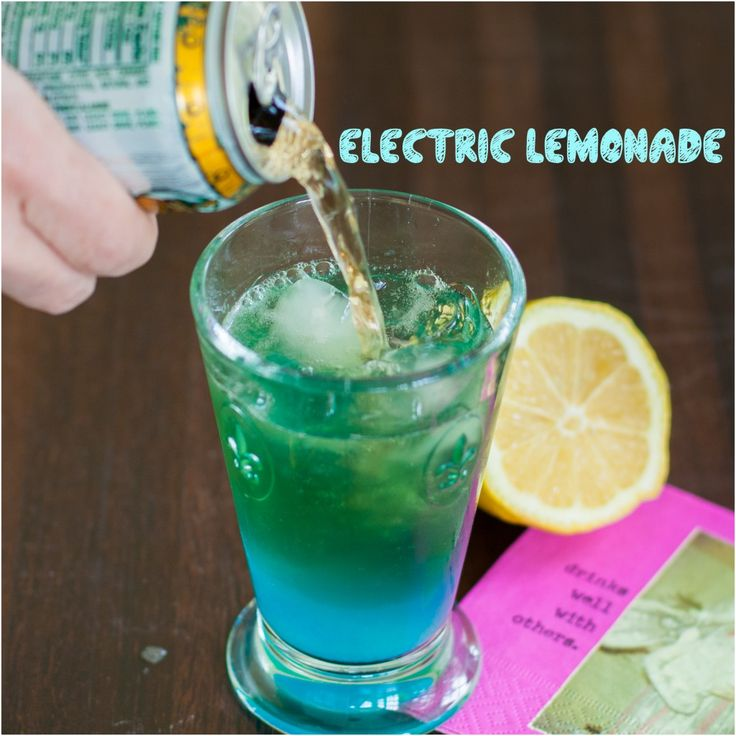 Electric Lemonade Cocktail Recipe 2 ounces vodka, ½ ounce blue curacao, ½ lemon- juiced, splash of ginger ale.  In a high ball glass, add ice, curaçao, vodka, juice from ½ lemon and top with ginger ale