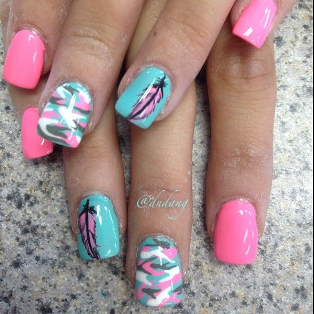 Pink ~ Aqua and White Feathers  Nail Art Nail Design Creative nails