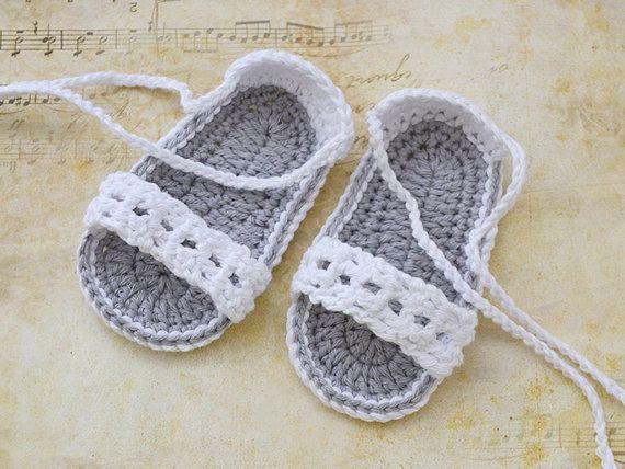 White Baby Crochet Sandals Baby Shoes Baby Sandals por TinySmiley~ ༺✿Teresa Restegui http://www.pinterest.com/teretegui/✿༻