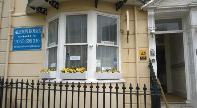 Alston House Hotel - 3 Sterne #Hotel - CHF 43 - #Hotels #GroßbritannienVereinigtesKönigreich #BrightonUndHove #Kemptown http://www.justigo.ch/hotels/united-kingdom/brighton-and-hove/kemptown/alston-house-brighton-amp-hove_186607.html