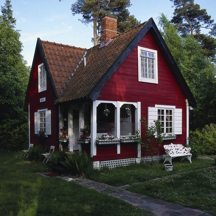 158 best images about cottage charm bungalow style on for Cottage charm farmhouse