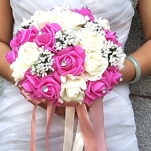 Fleurs de mariage Rond Roses Bouquets Mariage La Fête / soirée Satin Perle Mousse Strass - EUR €10.67 ! NOUVEAU Produit ! Produit récent à prix incroyablement bas en solde ! Consultez-le ainsi que d'autres articles identiques. Obtenez des réductions, gagnez des crédits et bien + à chaque commande !