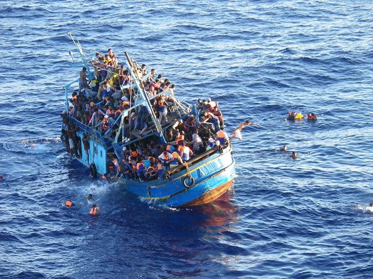 400 Migrants Killed After Boat Capsizes in Mediterranean. #Lampedusa Read more: http://bit.ly/Lambedousa400