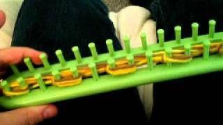 chunky scarf (5-strand garter stitch) on a knitting loom (TAKE 2), via YouTube.