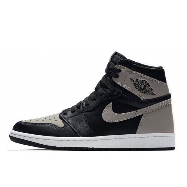 4/14- Air Jordan 1 high OG shadow #kicksonfire #peepmysneaks #kickstagram