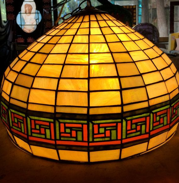 Lámpara clave griega por InspirationGlass en Etsy
