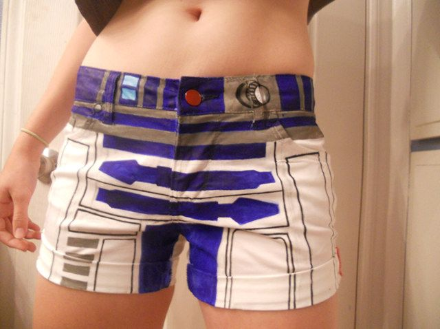Girl's Handpainted R2-D2 Shorts