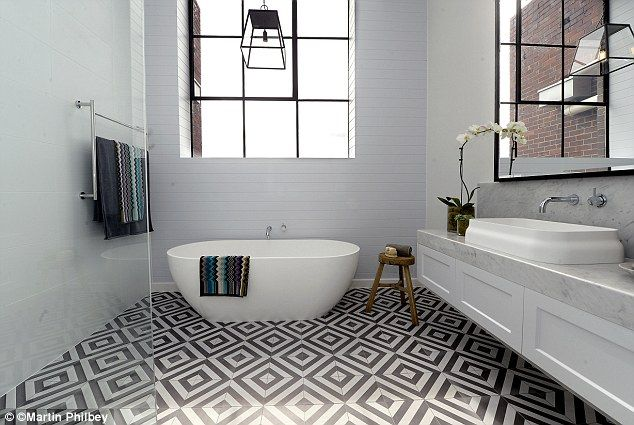 Easyclad VJ used horizontally to create a fantastic bathroom design