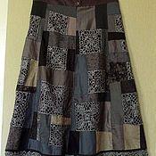 Купить или заказать Лоскутная юбка 'Нева' в интернет-магазине на Ярмарке Мастеров. Юбка сшита из 130 лоскутов денима и смесового шелка. Длина- 80см. талия -76-78. Покрой юбки-1/4 солнца. Если талия у вас меньше-могу подогнать.