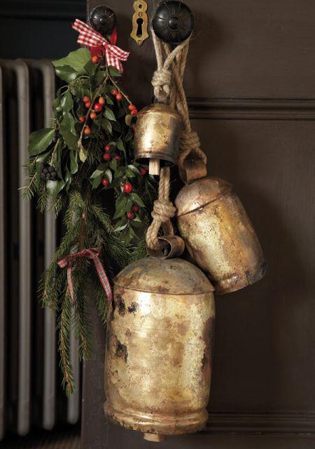 """""""A vidéki otthon"""": Tradicionális karácsonyi színekkel.."""