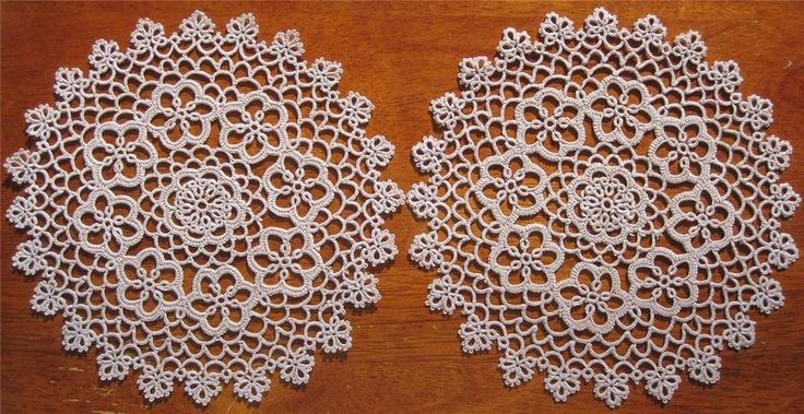 Pair of Vintage Tatting Lace DOILIES in Old Lace Colour NEVER USED