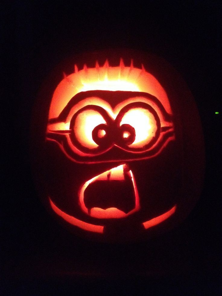 Minion Pumpkin Carving! Babe I have to do one of these! Lol