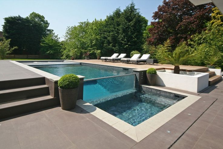 Oxted, contemporary home in Surrey, England 05