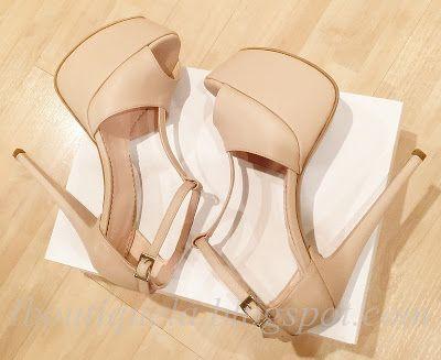 sandale toc stiletto: 15cm platforma la vedere: 5cm pret: 300 RON pt alte variante de tocuri si platforme pret: 270 RON pt comenzi: incaltamintedinpiele@gmail.com