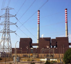 Las plantas termoeléctricas, esto es, las nucleares o las alimentadas por combustibles fósiles, suministran el 78% en los Estados Unidos y el 91% en Europa, del total de la electricidad requerida, por lo tanto la interrupción de su funcionamiento es una preocupación significativa para el sector energético.