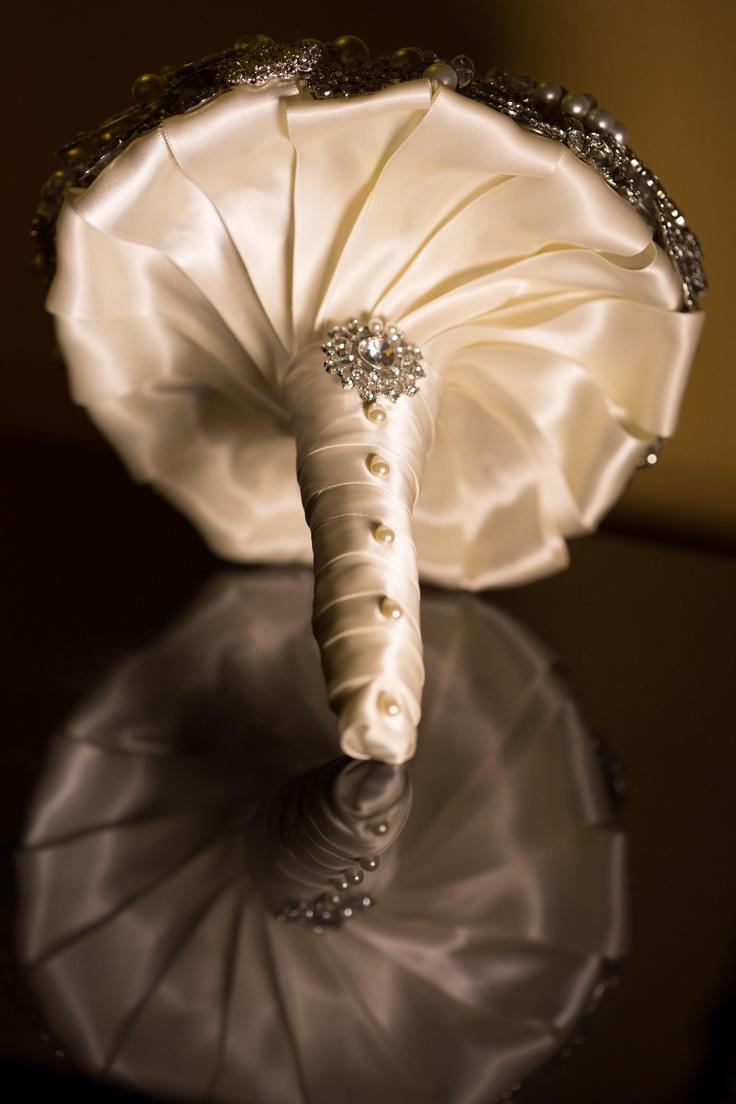 Bouquet Handle Options Www Myfloweraffair Can Create This Beautiful Wedding Flower Look Holderdiy