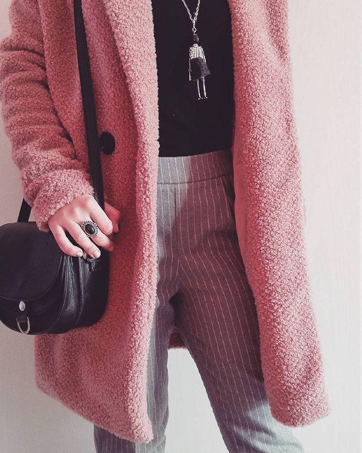 Look! Pink Coat! <3