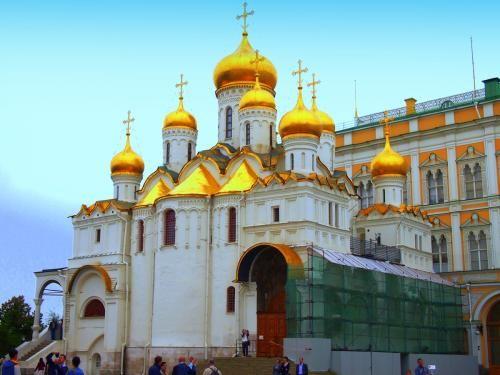 モスクワ 赤の広場(聖ワシリー寺院、カザン聖堂)とクレムリン【ウズベキスタン航空行く、夏のロシア6泊8日】1 (モスクワ)