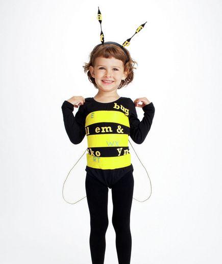 Spelling bee costume via @Real Simple: Diy Costumes, Halloween Costumes Ideas, Diy Halloween Costumes, Kids Halloween Costumes, Spelling Bees, Bees Costumes, Kids Costumes, Easy Diy, Halloweencostum