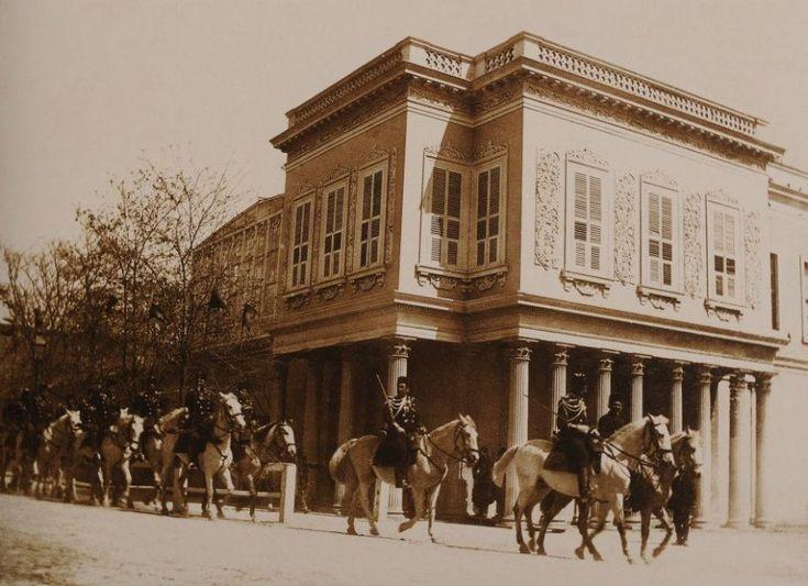 Ottoman Cavalry in #Dolmabahçe, Istanbul, c1900 (Dolmabahçe'de Osmanlı Askerleri)