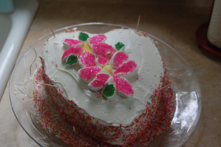 Cake Decorating Marshmallow Flowers : 17 Best images about Decorating with marshmallows on ...