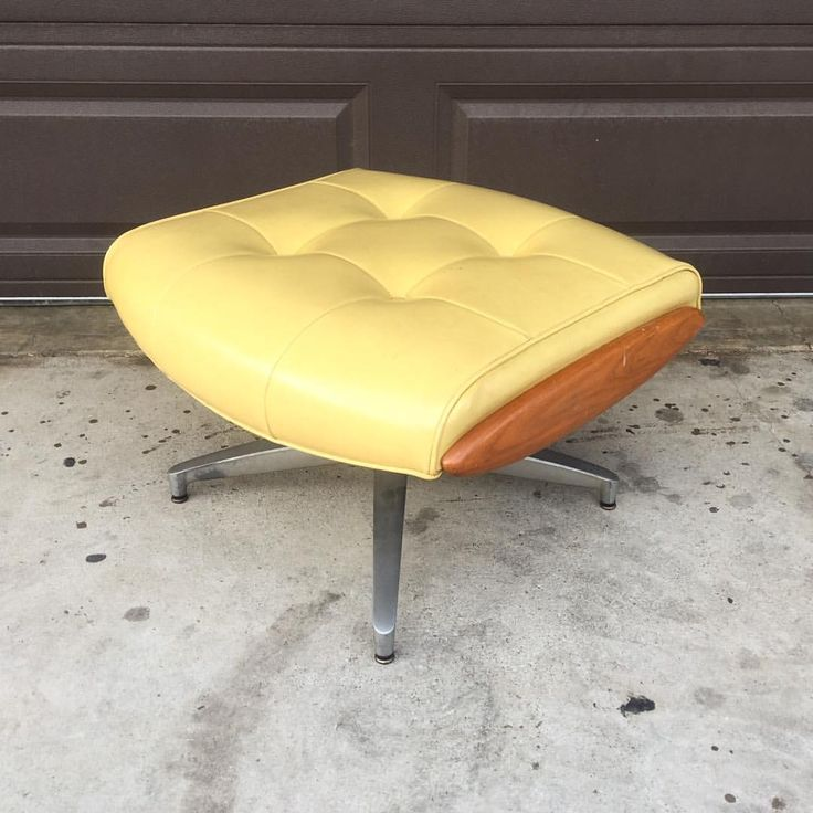 Vintage Heywood Wakefield Ottoman! #Vintage #Modern #LosAngeles #California #Hollywood #Business #Design  #VintageFurniture #MidCentury #MidCenturyModern #MidCenturyFurniture #Retro #Madmen #Fashion #Style #Modernism #InteriorDecor #InteriorDesign #Luxury #Furniture #Decor #HomeDecor #HomeDesign #Antique #Home #Etsy