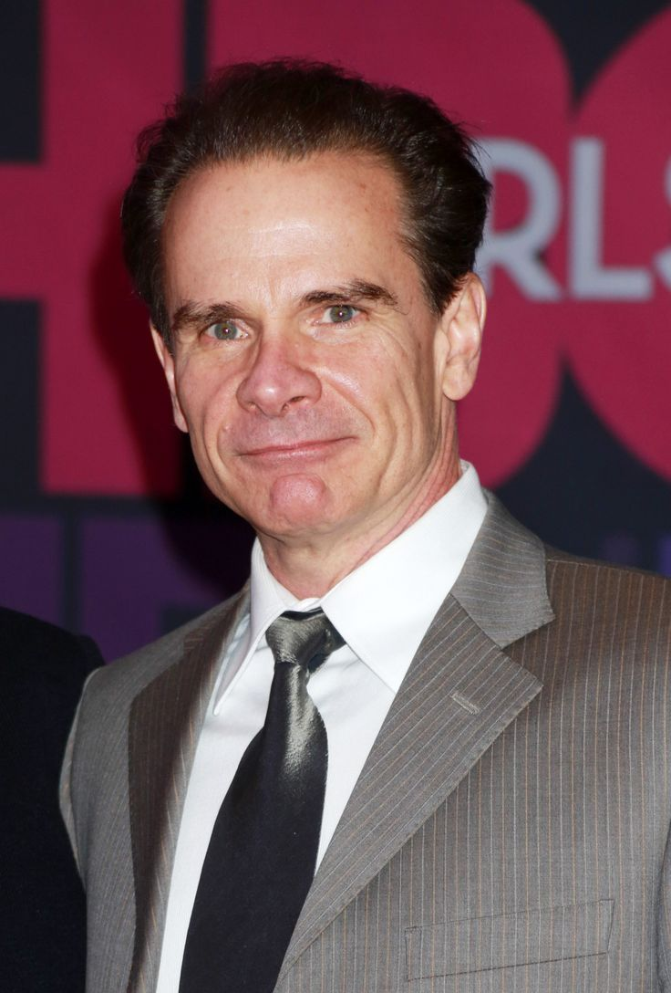 Peter Scolari Wins Comedy Series Guest Actor Emmy Playing Lena Dunham's 'Girls' Dad