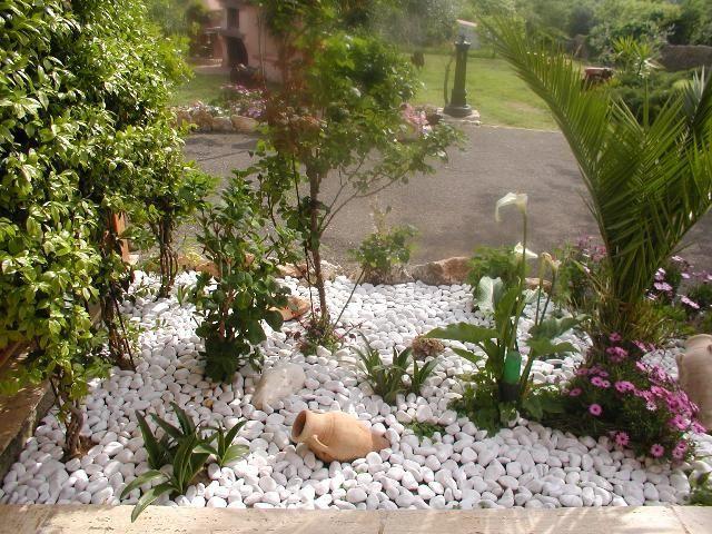 1000 images about arredo giardino pietre ornamentali for Sassi finti per giardini