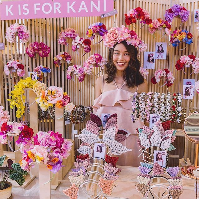 And that's a wrap! 🤗Thanks everyone for the support this weekend and thank you @finders_keepers for putting together another spectacular, festive event! 😘 So many floral headpieces went home this weekend - we're trying our best to restock as fast as we can for our online customers. Would love to see everyone's flower adventures, don't forget to tag us! 💃🏻👰🏻🌸🙅🏻