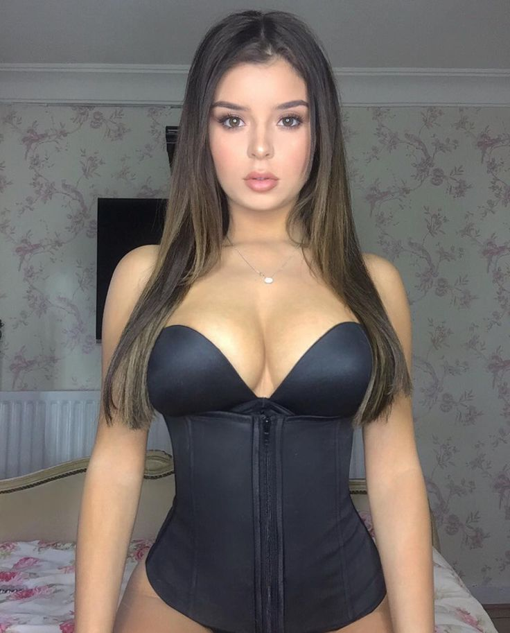 I love my new hooks and zipper waist trainer from @waistqueen! It gives me such a sexy shape  Use the code DEMI for 20% discount on waistqueen.com! @demirosemawby • 44.1k likes