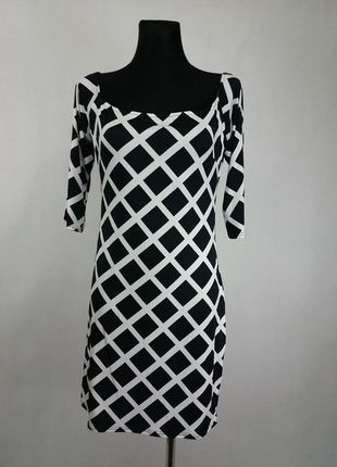 Kup mój przedmiot na #vintedpl http://www.vinted.pl/damska-odziez/krotkie-sukienki/13559234-dopasowana-sexi-mini-sukienka-sisters-point-nowa-l
