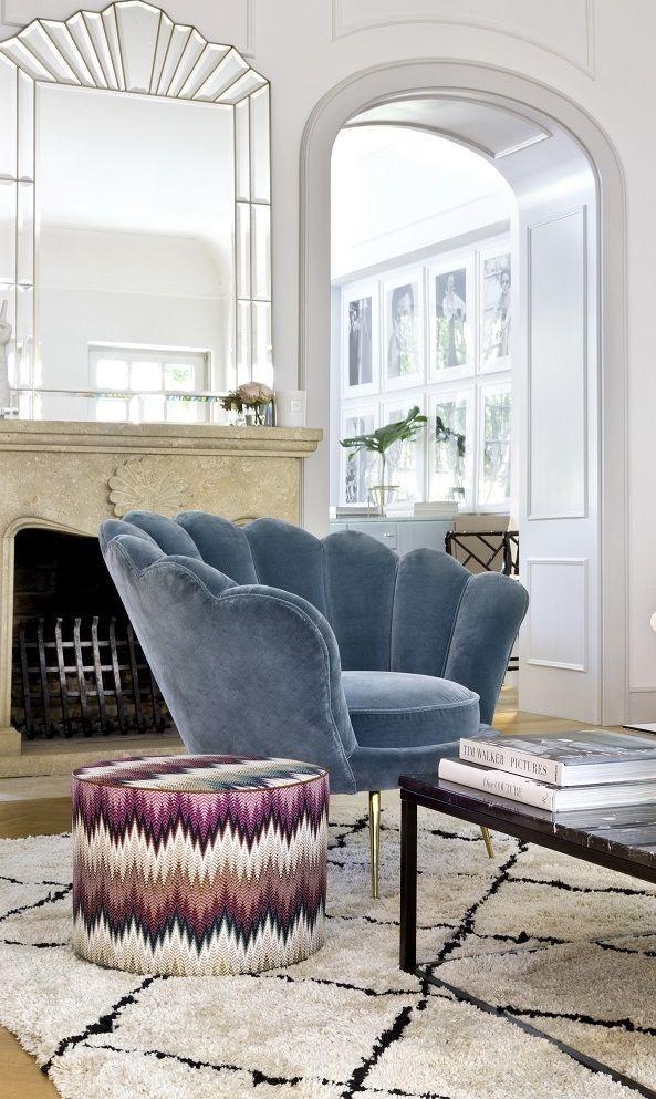 Auch Im Wohnzimmer Von Delia Fischer Darf Ein Statement Sessel Nicht Fehlen Der Turkise Samt Sessel Trapezium Von